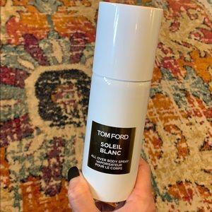 Tom Ford Soleil Blanc body spray